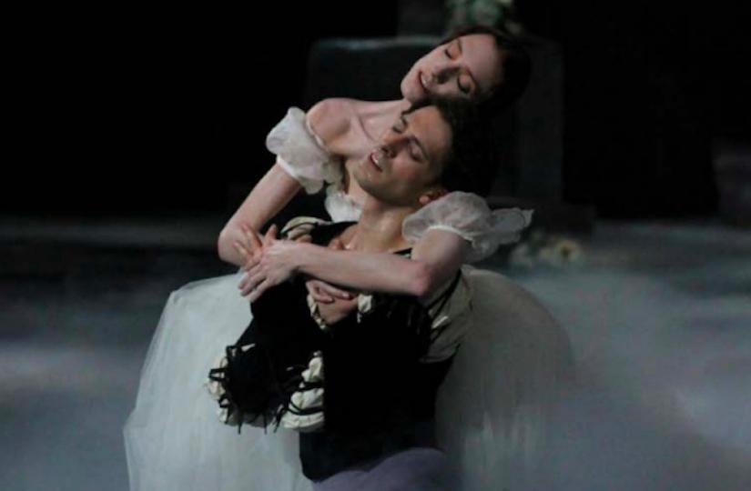 527294-giselle-au-palais-garnier-le-ballet-romantique-par-excellence.jpg